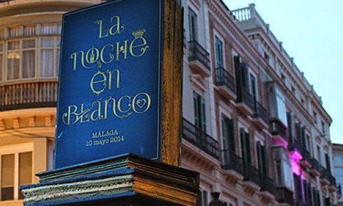 Libro en calle Larios